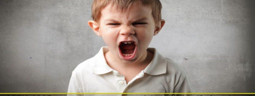 نحوه برخورد با کودکان پرخاشگر خود را بیاموزید